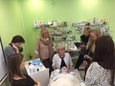 В Санкт-Петербурге состоялся семинар для косметологов «Особенности корейских очищающих средств»