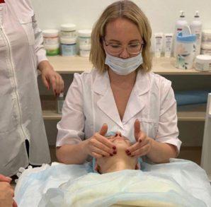Обучающий центр Трейд-Эстетик организовал практический урок  для будущих косметологов.